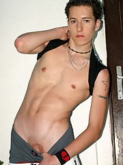 Cute college boy get naked and posed