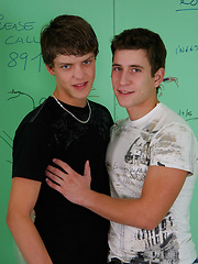 Two gay boys fucking in the bathroom