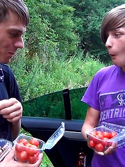 Emo boy ass tasting tomatoes