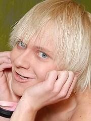 Blonde boy Rori solo pictures
