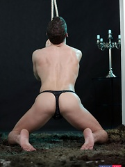 It's Rude To Keep A Twink Hanging, So Why Not Fuck & Cream The Boy's Ass Instead!