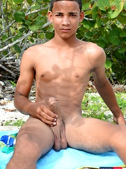 Horny White-Boy Can't Wait To Give A Big, Black Butt-Picker A Hot, Raw Ride On The Beach!