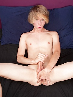 gay boy porn model Derrick Porter