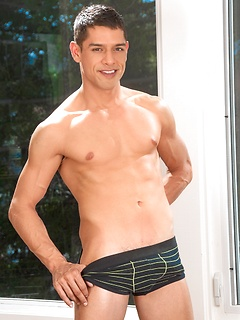 gay boy porn model Bobby Hart